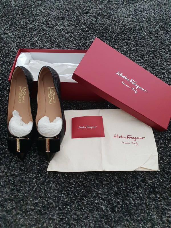 93cdb66f7 Ferragamo Mimi bow leather flats black in US6.5 authentic, Women's ...