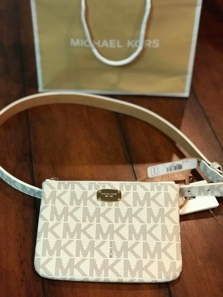 0a376f8695520 Michael Kors MK Signature Belt Wallet Fanny Pack