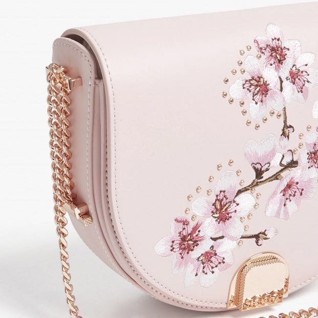 e049d9b538 🌸💂🏻 ♂️Ted Baker Soft Blossom leather moon bag (brand new ...