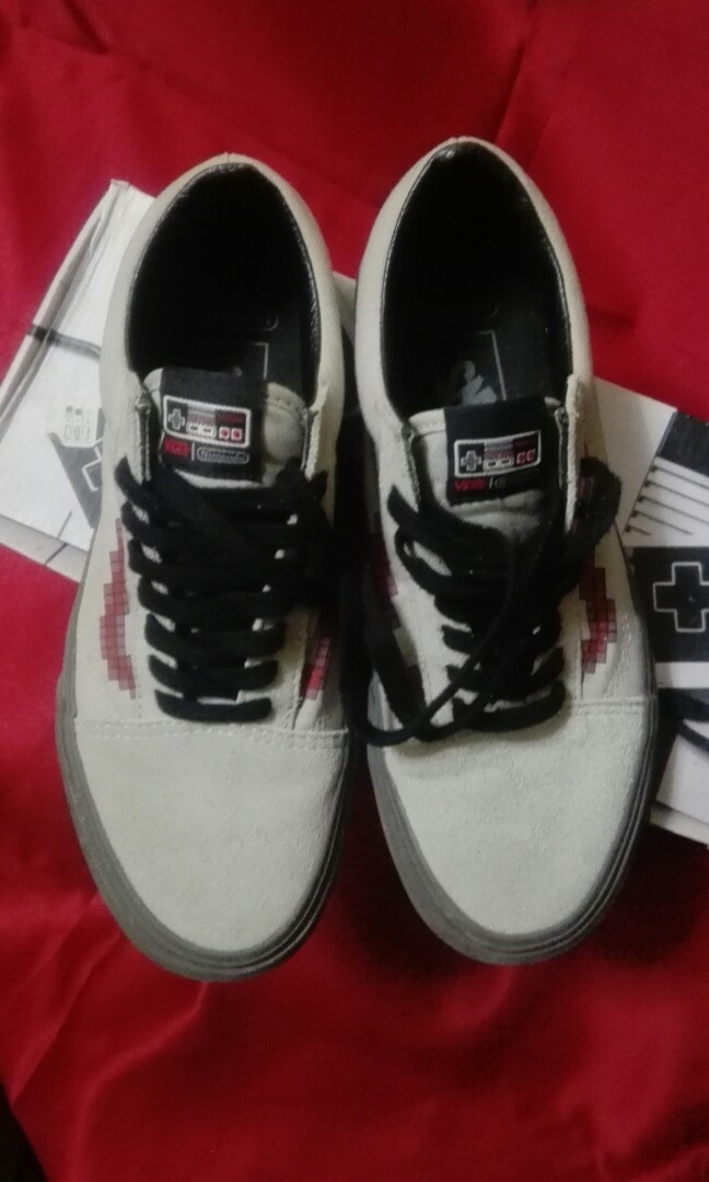 166ffeaaeba8bb Authentic Vans Old Skool Nintendo