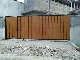 Pintu Pagar GRC motif kayu
