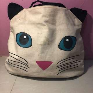 Flashy cat bag