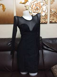 long sleeve black gerdel dress