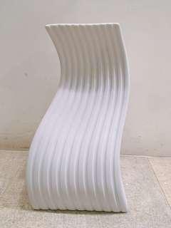 🚚 陶瓷曲線藝術燈