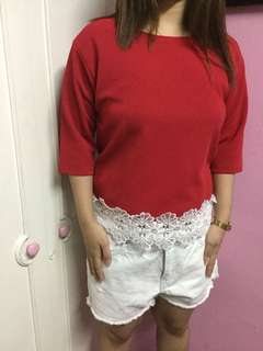 Neoprene Blouse with lace