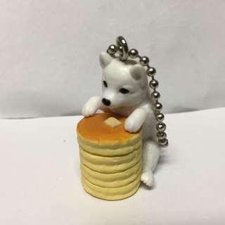 🚚 點心狗扭蛋-白柴犬蜂蜜蛋糕-二手