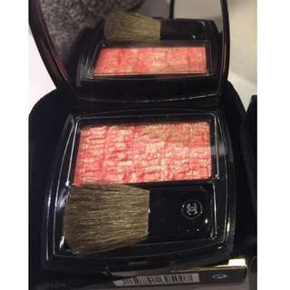 Chanel 香奈兒 限量 斜紋軟呢腮紅 色號#100 珊瑚夢境