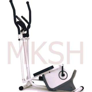 Matrix 7022 Elliptical Bike
