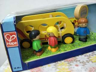 HAPE - Wood type of toys back to school bus
