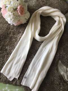 BNWOT cream winter scarf