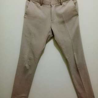 Celana Chinos good condition