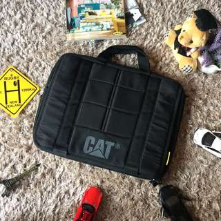 Caterpillar Laptop Bag 💼