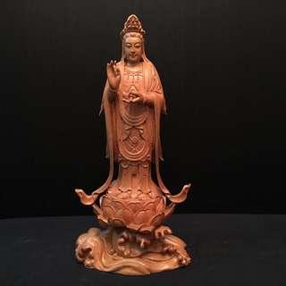 樟木雕 《西方三圣》大势至菩萨 高 16寸 宽 8寸 厚 5寸 全手工雕刻 不单一卖 $800为一套三樽的价格