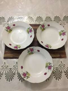 Plate - Pink and yellow roses