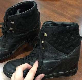 SALE Authentic Louis Vuitton Boots
