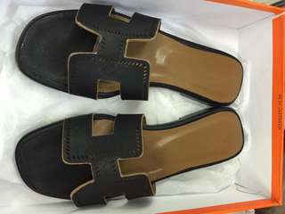 Hermes slipper Authentic grade quality size 38 only
