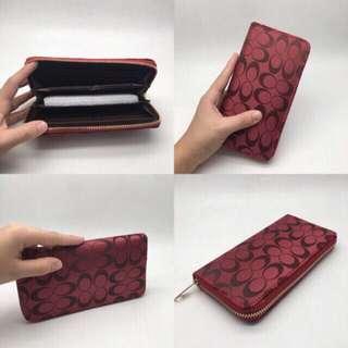 One zip wallet