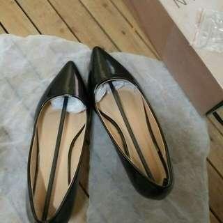 Parisian Basic Black Heels