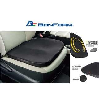 🚚 權世界@汽車用品 日本 BONFORM 車用高彈棉 皮革+透氣網布 雙C臀型 止滑棒固定式舒適坐墊 B5334-43