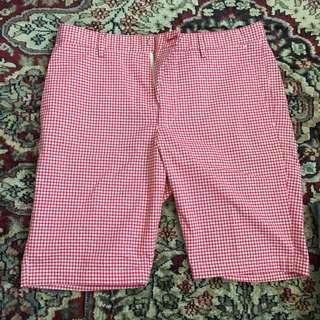 Uniqlo Shorts Size: Small
