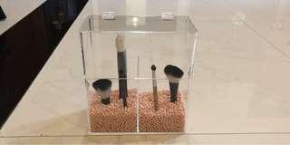 Acrylic make up brush holder