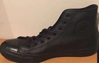Converse leather us8