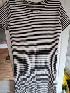 Brandnew Stripes Long dressed With slit