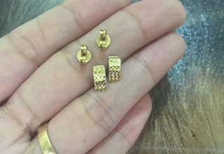18K Saudi Gold Earrings