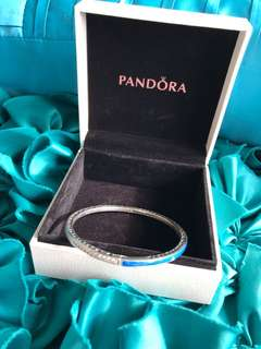 Pandora radiant heart bangle