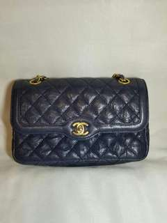 Chanel Classic ( 90% new)