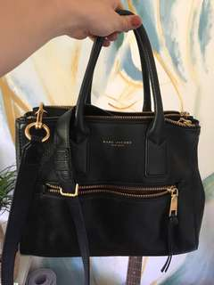 Lightly used genuine Marc Jacobs recruit tote bag