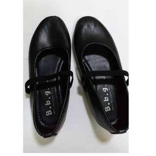 B.b.g Black shoes size 1