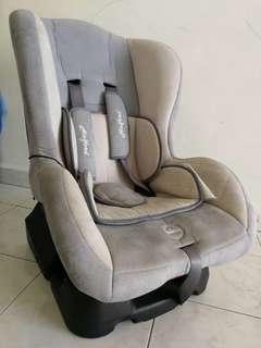 Halford Tresor Car seat
