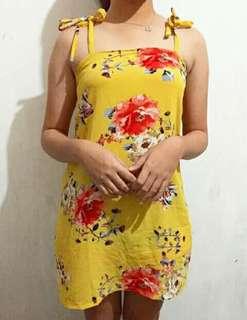 Floral summer yellow beach dress