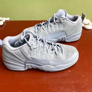 Jordan 12 OG Wolf Grey Size 6Y or 7.5 Women's