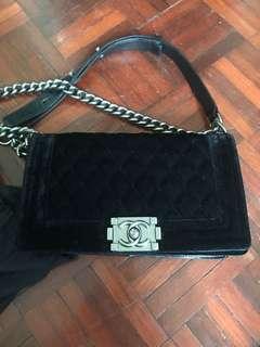AUTHENTIC USED Chanel Boy Velvet