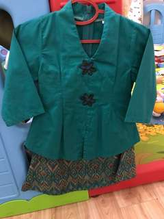 Girl's Kebaya Green (1 yr old)