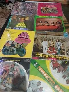 FAVOURITE'S GROUP Various Album
