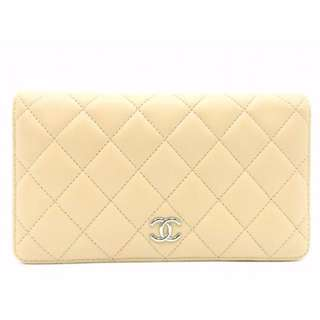 Chanel White Wallet