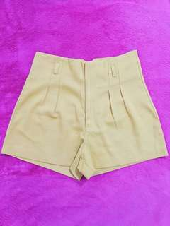 High Waist Shorts (S)