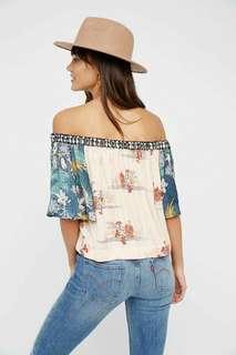 Off shoulder printed top
