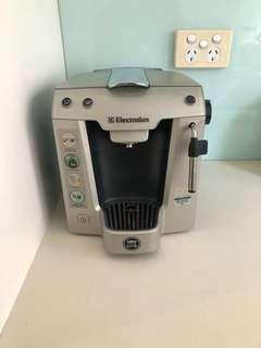 Electrolux Lavazza amodo Mio coffee machine