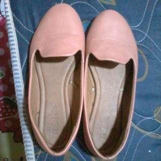 Dijual Sepatu Cewek Warna Peach Uk 36