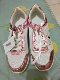 alexis pink sneakers