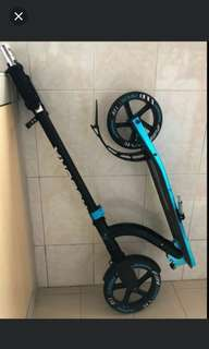 Hudora Bold 230 Kick Scooter (Big Wheels)