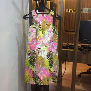 Leony evelyn tropical dress