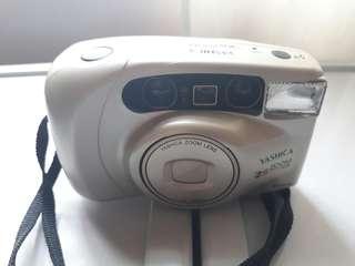 Camera - Yashica EZS Zoom 105