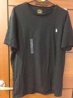 🚚 Polo 男生黑色素色T恤L