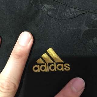 🚚 adidas 慢跑短褲