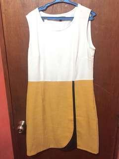 Vivant Dress